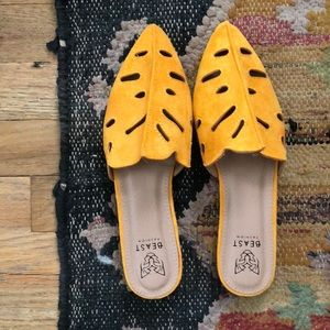 Shoes - NWOT Yellow flats